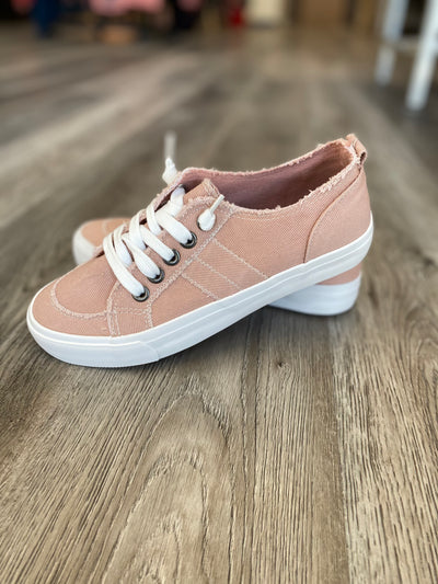 JELLYPOP Kory Stone Wash Canvas Sneaker (Blush)
