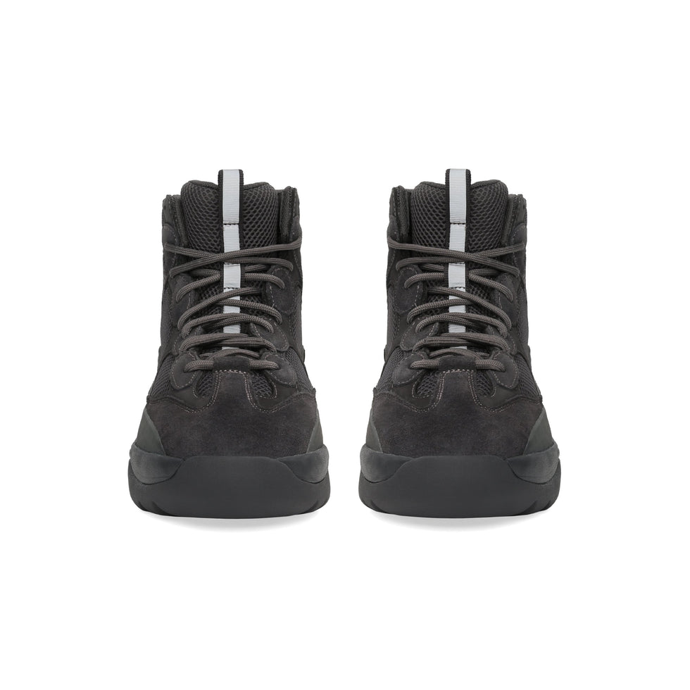 Thick Suede Desert Boot Graphite