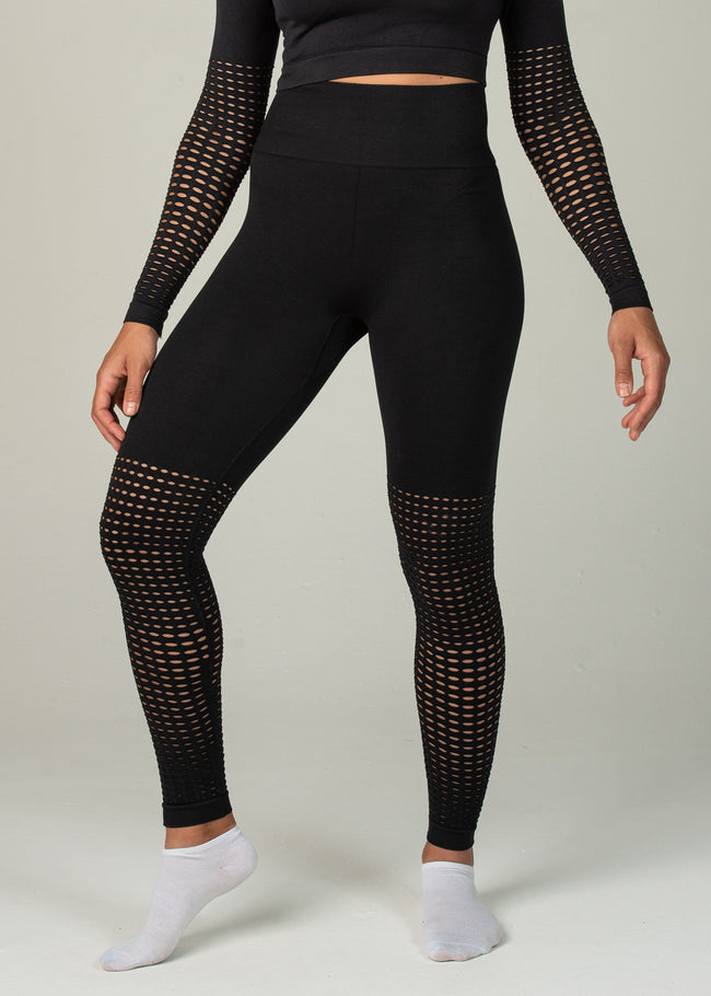 Seamless Conquest Leggings - Sweat Industry Apparel Black Front