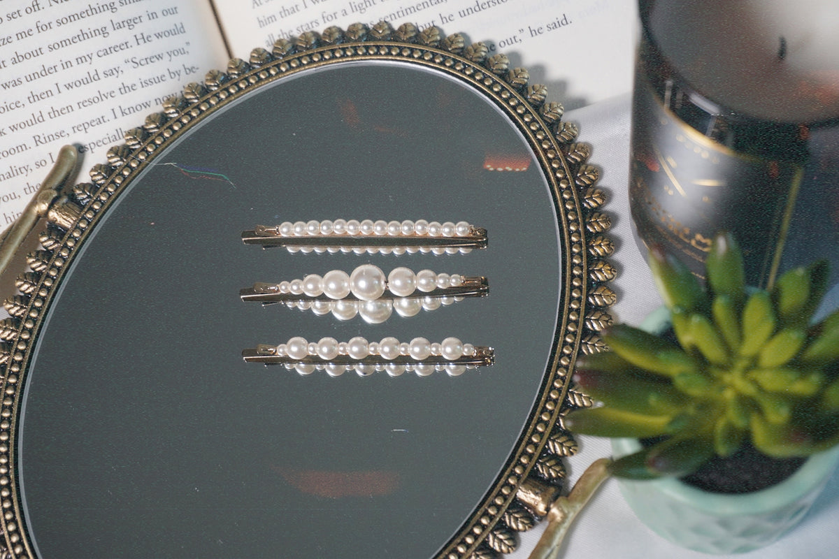 PEARLS SET OF 3 HAIR CLIPS