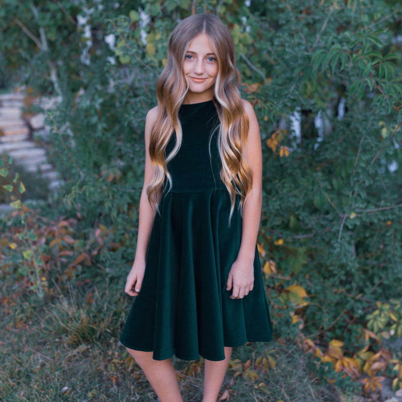 Classic girl's green velvet sleeveless dress