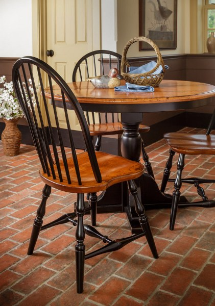 Innkeeper's Single Pedestal Table (Zimmermans #144 & #145)