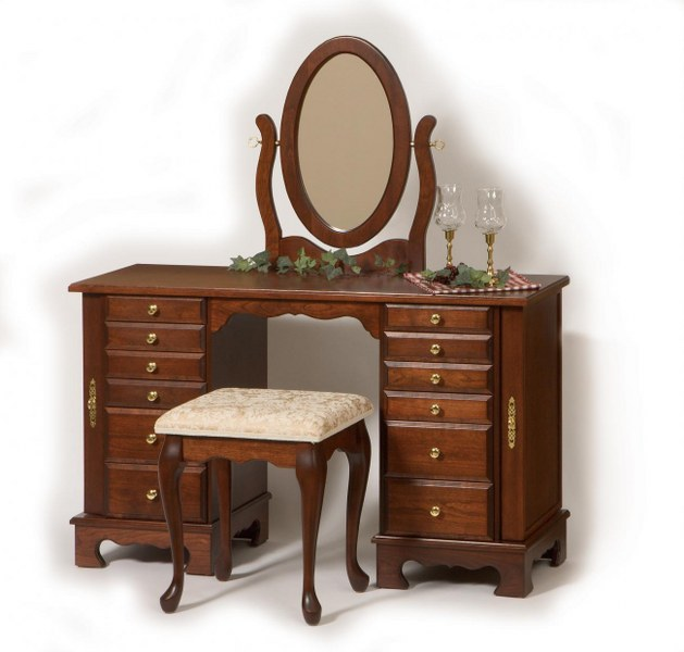 Traditional Dressing Table (Keepsake Collection #912)