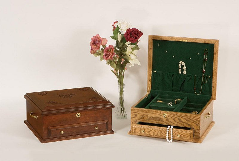 Jewelry Chest (Keepsake Collection #105)