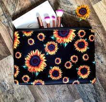 SUNFLOWER MAKE UP BAG