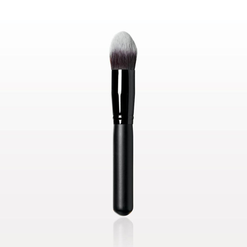 The Gilded Girl - Oval Blending Brush