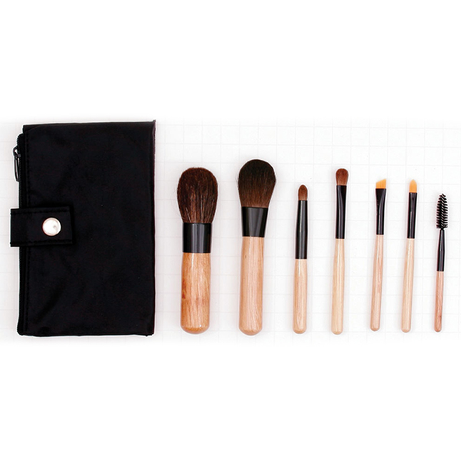 The Gilded Girl - Sable Travel Brush Set