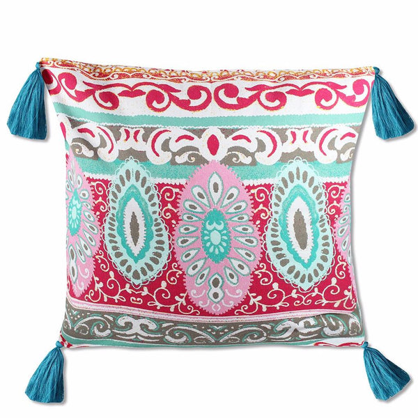 An engineered pattern in beautiful shades of pinks, blues and greys, finished off with fun tassels make this pillow an irresistible must-have.