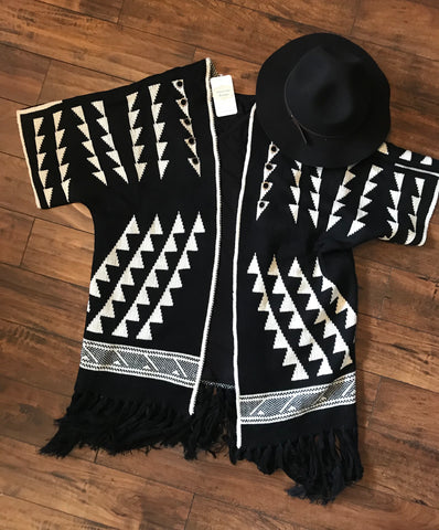 Aztec Cardigan-Black & White