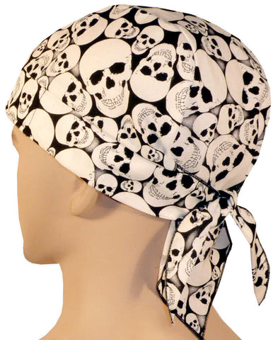 Skull Cap-Wicked Tossed Skulls (Glow In The Dark)