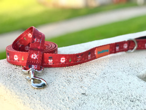 "Limited Edition ""HERE COMES SANTA PAWS"" Lightweight (6 foot) Leash by DodiDog USA"
