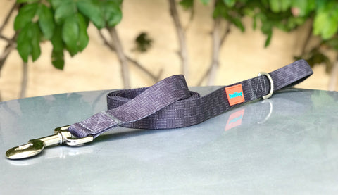 "NEW! ""CHEQUE MATE""(BLAQUE) Lightweight (6 foot) Leash"