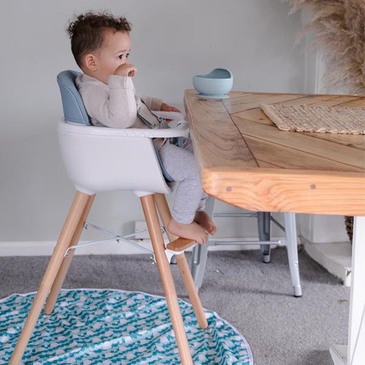 The MOOSE Sinclair Highchair (grey)