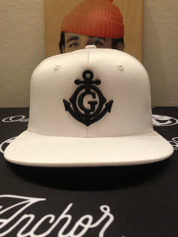 The Shipmate White/Black