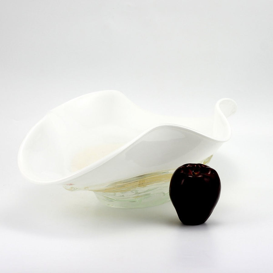MURANO ORIGINAL: Oval Bowl Milk White wavy rim with Gold Flakes Band