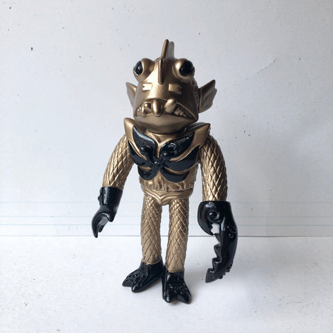 FISHSTACHE Vinyl Figure One-Off - GOLD and BLACK