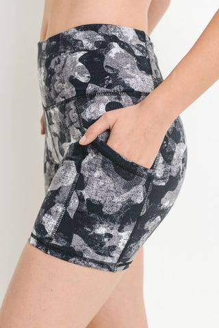 C Pocket Short