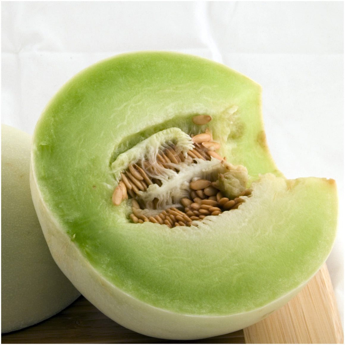 green honeydew melon