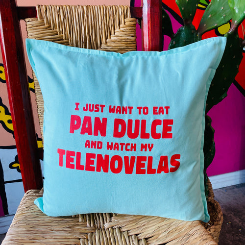 Pan Dulce y Telenovela Pillow Cover