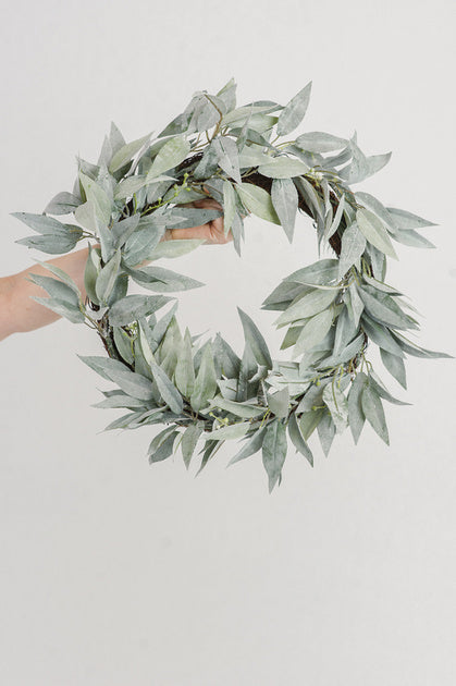 Frosted Leaf Wreath