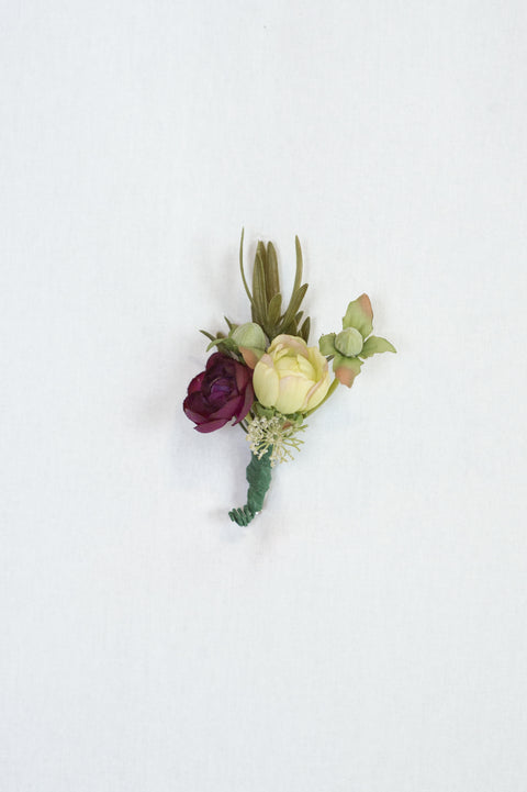 Kinsley Boutonniere