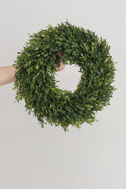 Round Tea Leaf Wreath
