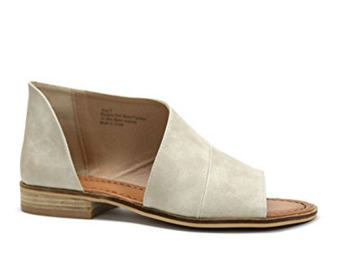 BST Lotus Vegan Flat in Sand