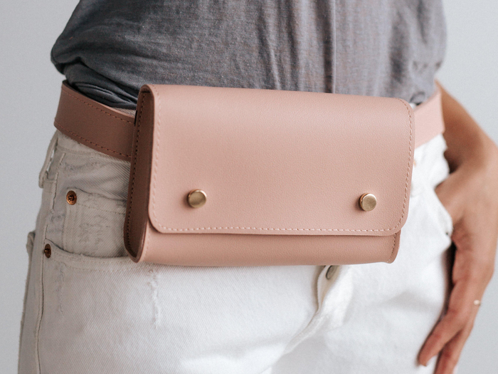 Gigi Pip Belt Bag Blush