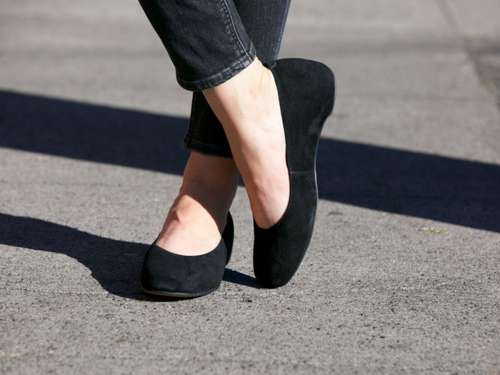 Camper Serena Flats in Black