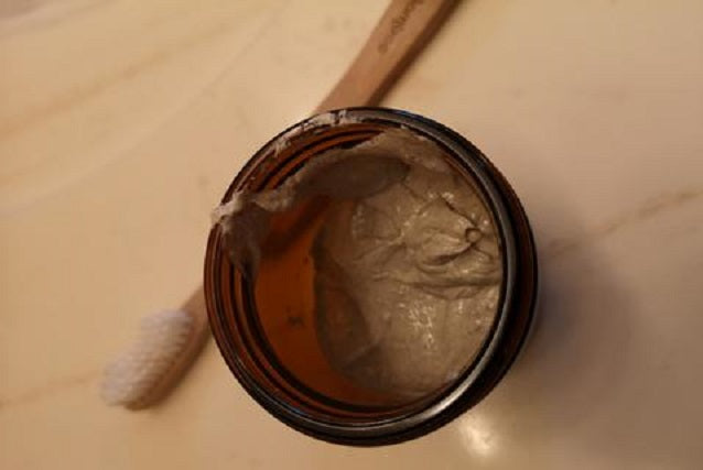 DIY Zero Waste Natural Toothpaste