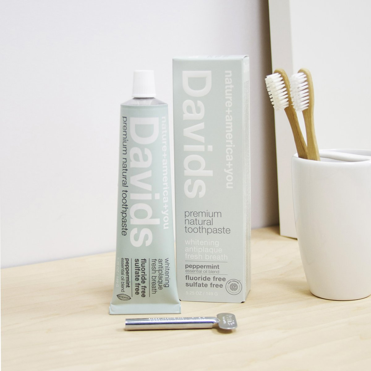 Davids - Premium Peppermint Natural Toothpaste