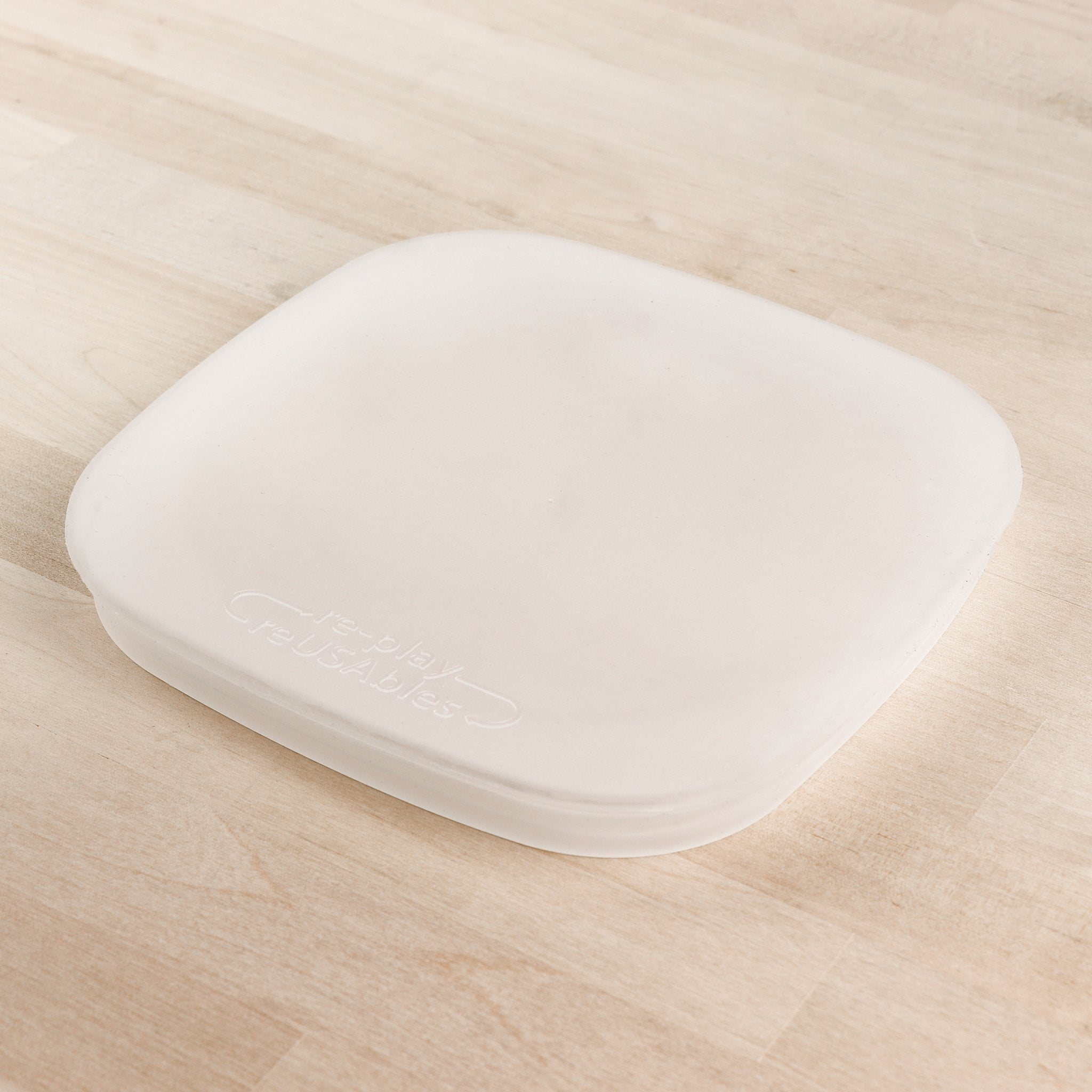 "Re-Play - 7"" Divided/Flat Plate Silicone Lid All Things Being Eco"