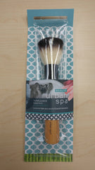 Urban Spa - The Fluffy Powder & Bronzer Brush All Things Being Eco Chilliwack Sustainable Makeup Brushes
