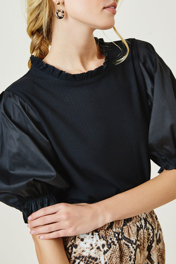 Puff-Sleeve-Blouse-Style-Tucked-In