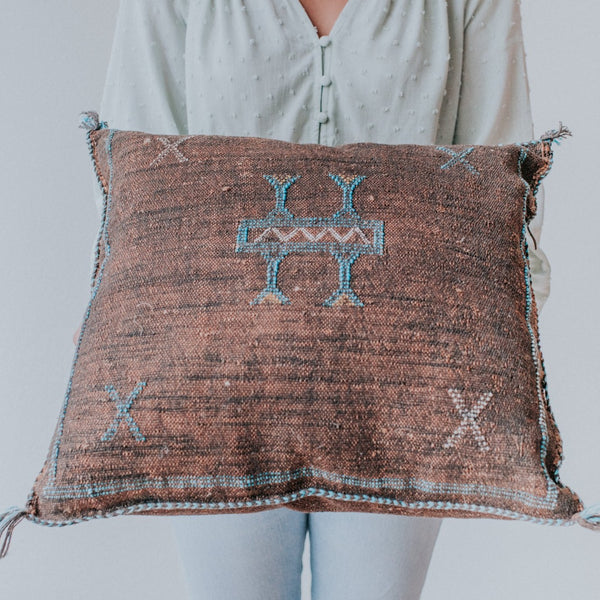 Sabra Pillow | Brown