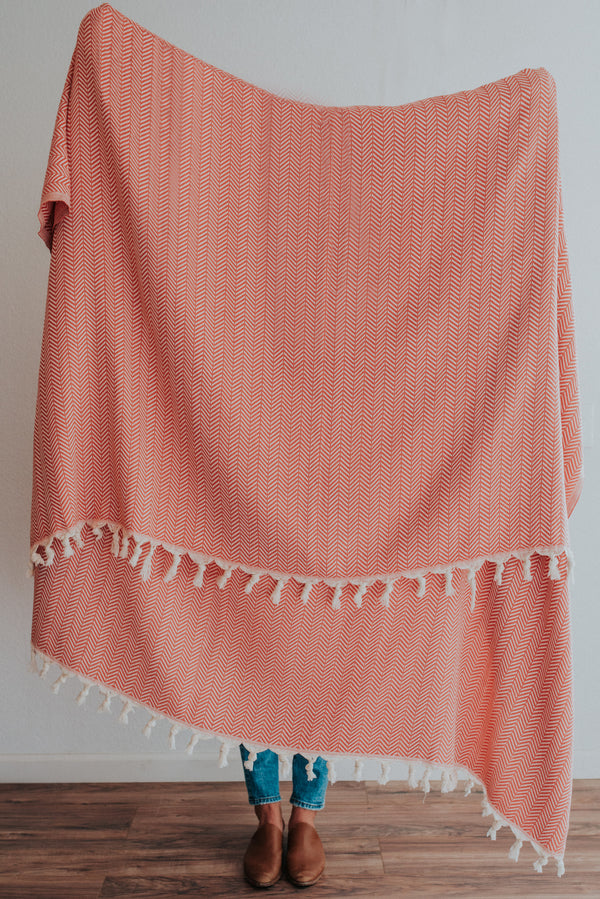 Ola Throw | Coral