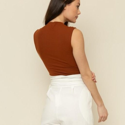 Mock-Neck-Rib-Top-Rust-Bon-Ton-Studio