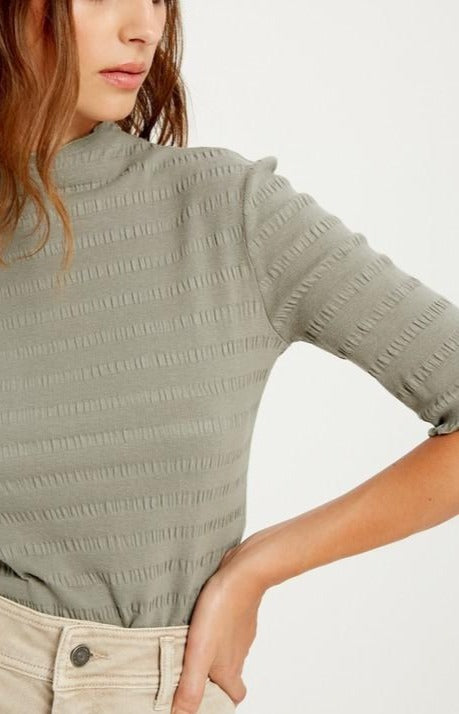 Ribbed-Hem-Top-Blouse-Work-Weekend-Easy-Style