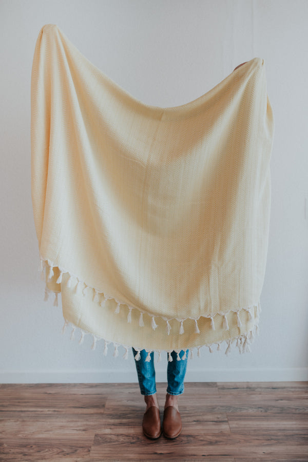 Ola Throw | Yellow