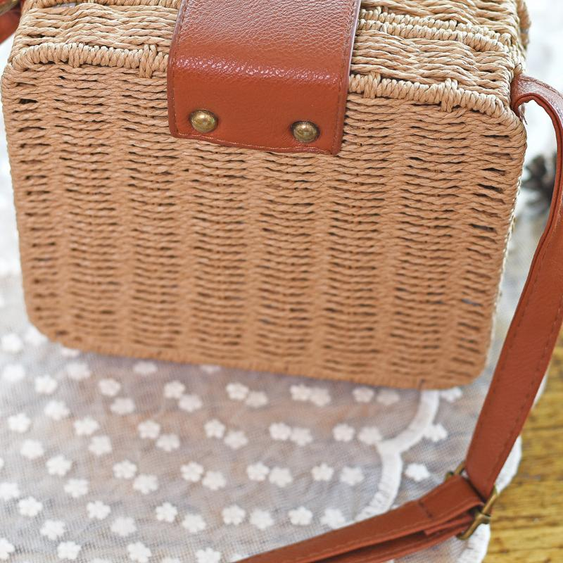 Shoulder Bags Beige Candy Color Shoulder Bag Hand Made Straw Bags Woven Flap Pastoral Style Rattan Bag