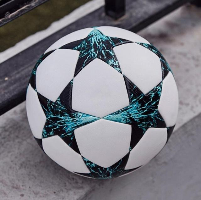 Size 519 Football Soccer ball