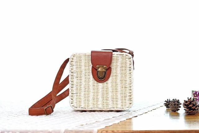 Shoulder Bags White Candy Color Shoulder Bag Hand Made Straw Bags Woven Flap Pastoral Style Rattan Bag
