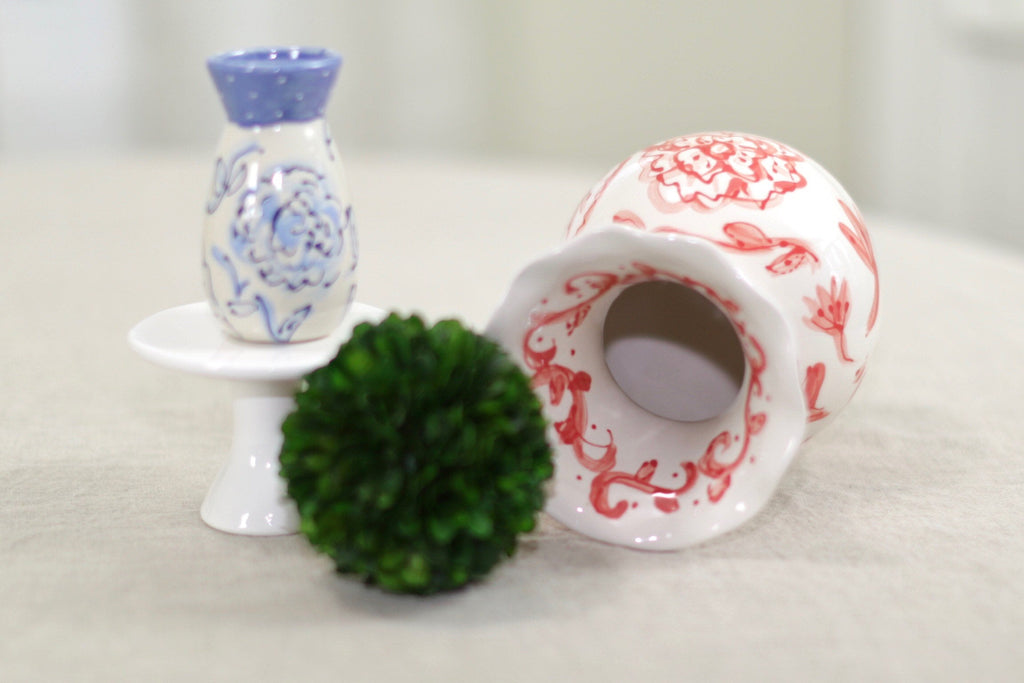 Coral and White Chinoiserie Ceramic Flower Vase