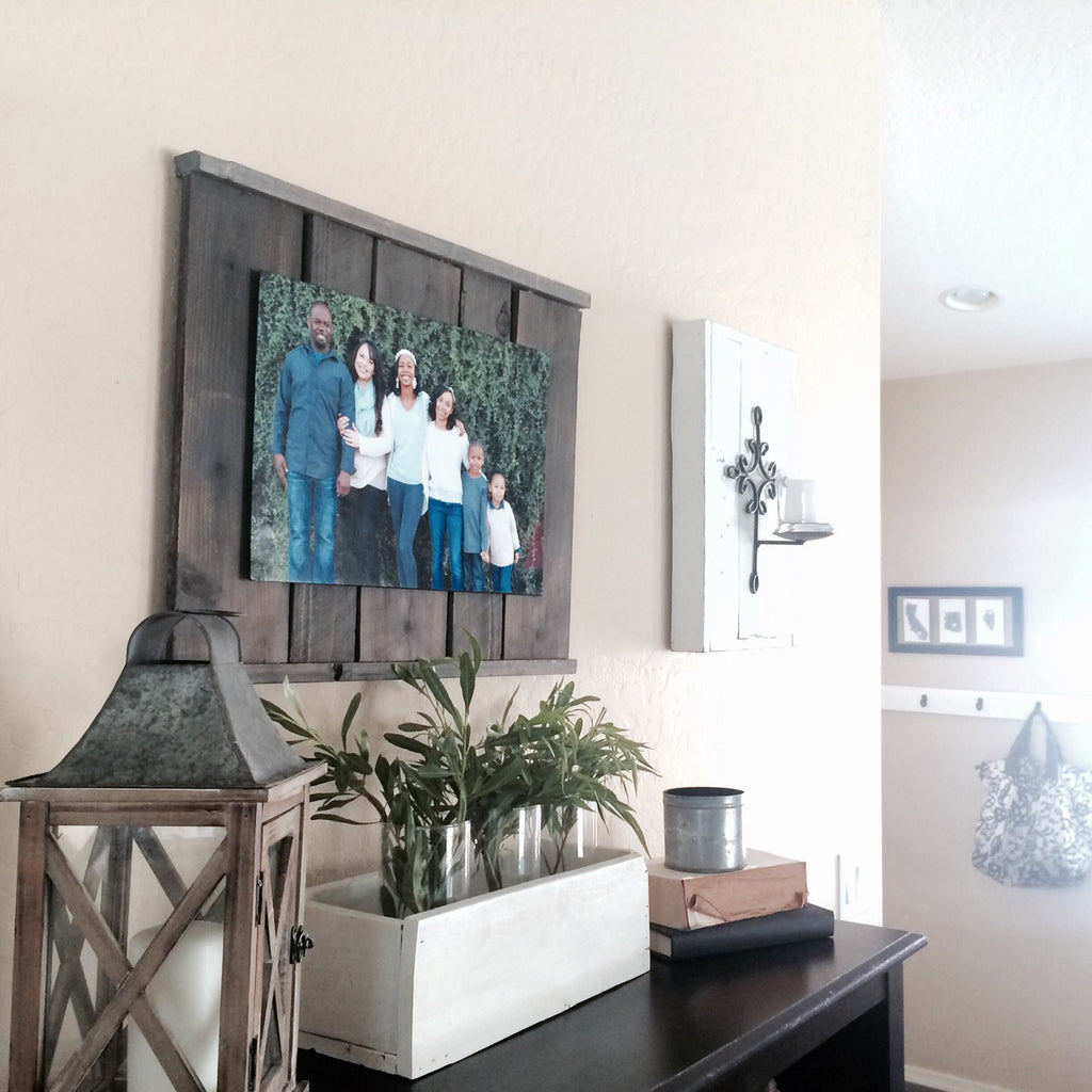 Barnwood Photo Display