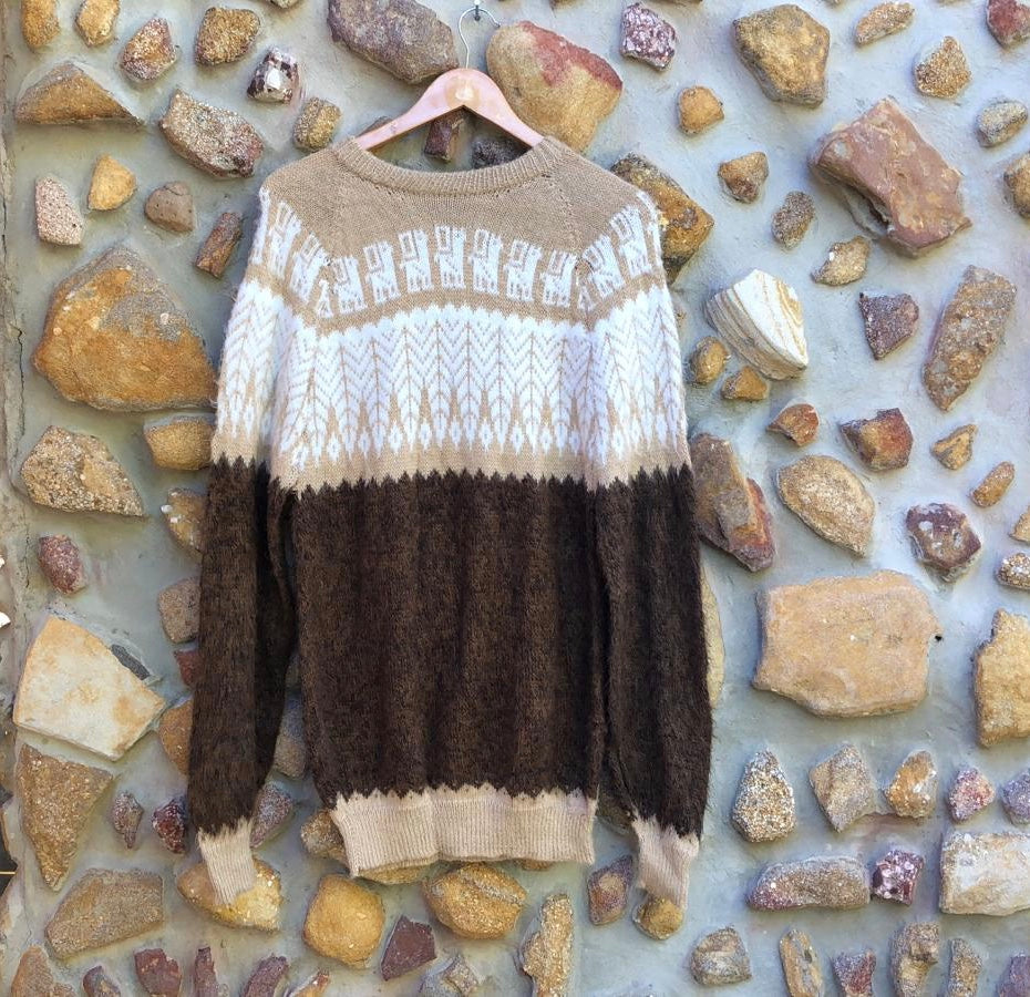 XLarge - Beige Feathers on Brown Knitted Bolivian Alpaca Jumper