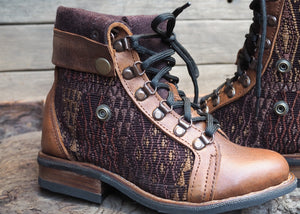 Size 35 Wanderer Boots Brown Embroidery