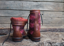 Load image into Gallery viewer, Size 35 Wanderer Boots Red tones