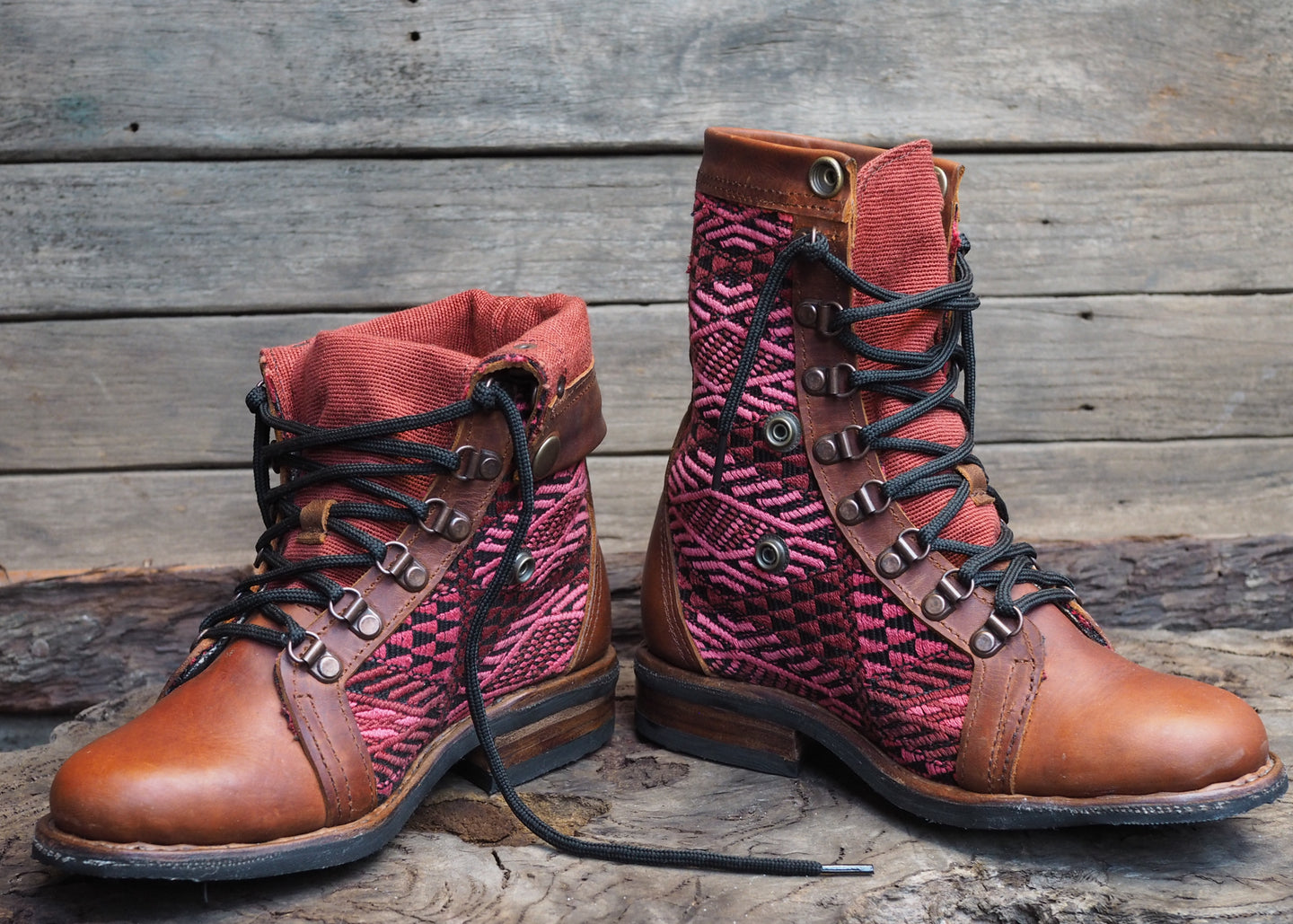 Size 35 Gypsy Boots Red tones
