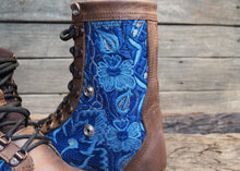 Load image into Gallery viewer, Size 36 Wanderer Boots Blue Floral
