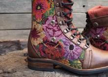 Load image into Gallery viewer, Size 36 Gypsy Boots Floral Embroidery